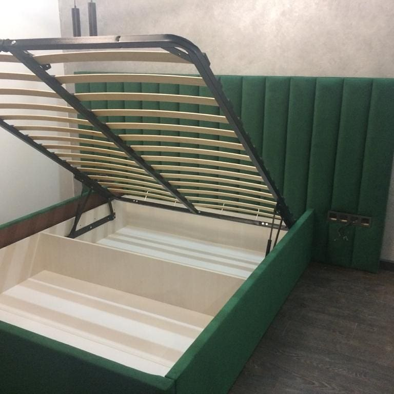 кровати двухспальные с подъемным механизмом